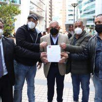 Pescadores de Valparaíso alcanzan acuerdo con Gobierno: podrán volver a trabajar en la comuna luego de ser reubicados en Quintero
