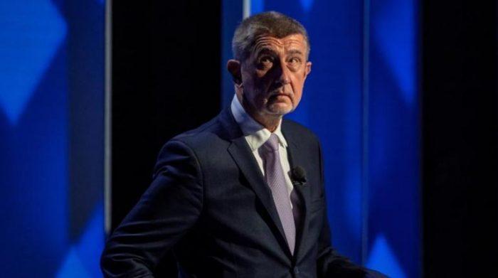 República Checa vota por el cambio y aleja del poder al magnate Andrej Babis, señalado en los Pandora Papers