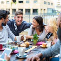 ¿Qué es la resaca social y por qué se habla tanto de ella con la vuelta a la normalidad?